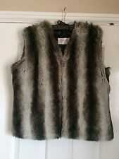 TK Max Faux Fur Black And White Gilet Size L / 12-14