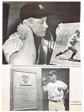 Hand Signed by ROGER MARIS Pre-61 Home Run Pursuit Article w Mantle,Babe Ruth