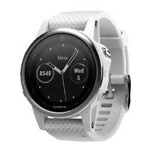 Garmin Fenix 5S mit silbernem Geh�use und wei�em Armband GPS Multisport Uhr