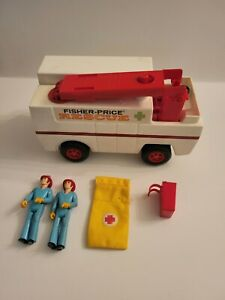 Vintage 1970's Fisher Price Adventure People Rescue Unit Truck #303 w/ Figures