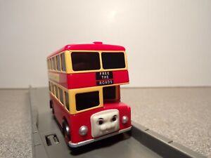 BULGY THE RED BUS MOTORISED ROAD & RAIL TRACKMASTER THOMAS THE TANK ENGINE 1995
