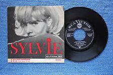 SYLVIE VARTAN / SP RCA VICTOR 46.038 / Pochette 2 / BIEM 07-1964 ( F )