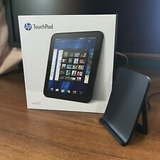 HP TouchPad 32GB Wi-Fi 9.7 inch, Touchstone Charging Dock Bundle