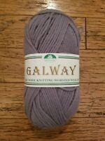 GALWAY yarn NEW pure wool worsted weight light purple 98 felting craft knit 100g