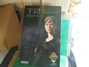 """SIDESHOW SARAH CONNOR 12"""" FIGURE (T2 JUDGMENT DAY) LOT F16 BOXED"""