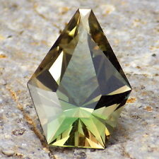 GREEN DICHROIC OREGON SUNSTONE 3.16Ct FLAWLESS-GORGEOUS GEM FOR TOP JEWELRY