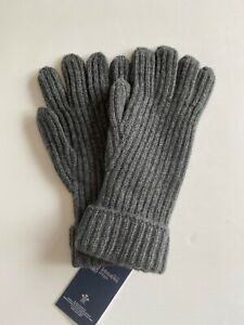 Mens Knitted Cashmere Gloves in Grey made in Scotland by Johnstons