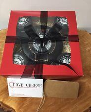Snowdonia Black Bomber Cheese And Chutney Hamper