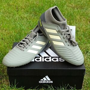 NEW! Boys Adidas Predator 19.3 Turf Boots - Size 4 UK