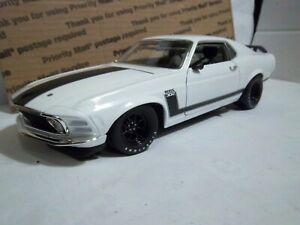 1/18 of plain white 1970 Trans Am Mustang  by Acme/Welly MIB