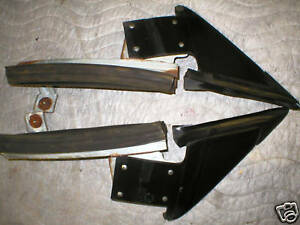 1984-92 CAMARO FIREBIRD TRIANGLE DOOR WINDOW WEATHERSTRIP CORNER FRONT SEAL GM