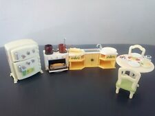 Sylvanian Families - kitchen set and lots of accessories