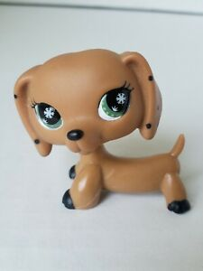 Lps Littlest Pet Shop Dachshund Monopoly Game Snowflake Eyes Green