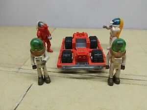 Fisher Price Adventure People 360 ALPHA RECON  space buggy w/ 4 Astronauts 1982