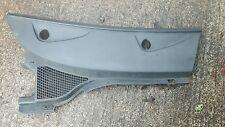 RENAULT MEGANE SCENIC 99-03 DRIVER/OFF SIDE WINDSCREEN WIPER RAIN SCUTTLE TRAY