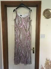 Lovely Gerry Weber summer/special occasion dress. Ideal for wedding or cruise.