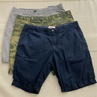*LOT OF 3* Penguin by Munsingwear 36 x 9.5 Navy / Gray / Camouflage Chino Shorts