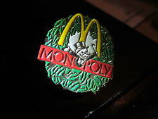 MCDONALDS  CHRISTMAS  VINTAGE  LAPEL PIN