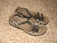 Taos Trophy Wmns Size 8 Sandals Metallic Bronze Embossed