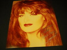 WYNONNA JUDD personallized signed fan club photo - excellent condition