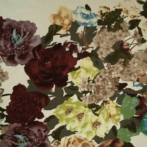 VALENTINO authentic mulberry crepe silk fabric Flowers Made in Italy Remnant