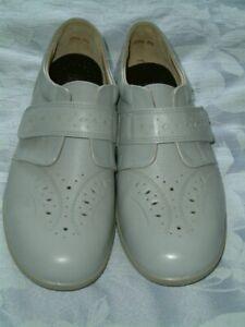 Ladies Easy B UK 7. EUR41. NEW  Pale Blue Leather Hook & Loop Wide Fitting Shoes