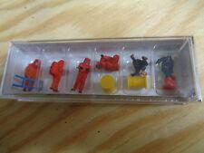 H0 Preiser 10730 bomberos. Rojo vollschutzanzug con accesorio figuras. emb.orig