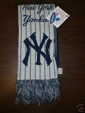 Forever Collectibles New York Yankees Licensed Scarf