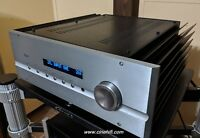 Pass Labs INT 150. High End integrated amplifier.