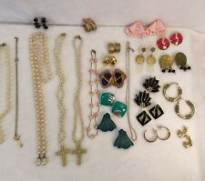 Lot 24 VTG Mixed Retro Earrings & Faux Pearl Bead Necklaces Drama Theater Crafts