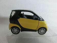 Maisto 1:33 Smart fortwo Coupe mit Rückzugsmotor (P29/04)