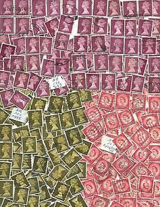 GREAT BRITAIN collect of 300 stamps SC # 296, #321, 495,3  BUNDLES of 100  used