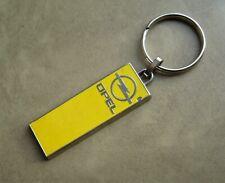 Ancien porte clé métal laque émail Automobile OPEL Garage Tarbes Années 70/80