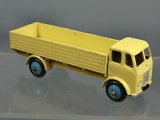 "DINKY TOYS MODEL No.25R FORWARD CONTROL LORRY    ""CREAM / BLUE HUBS VERSION"""