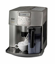 DeLonghi Magnifica ESAM 3500 Silber 2 Tassen Espresso-Vollautomat