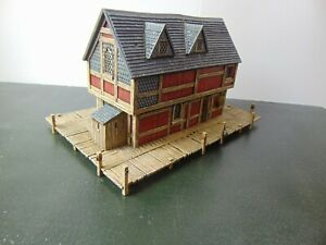 Games Workshop Hobbit Painted Lake-town Converted House