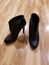 Jessica Simpson Black Leather High Heel Ankle Bootie  boots Size 5 m