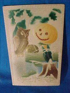 1910 HALLOWEEN Greetings POSTCARD Embossed OWL + Courting JACK O LANTERN MAN