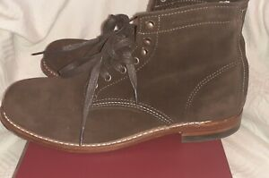 Wolverine 1000 mile boots  Brown Suede Excellent condition UK 9 Boxed.