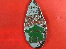pins pin's asterix obelix carte de france menhir veterinaire