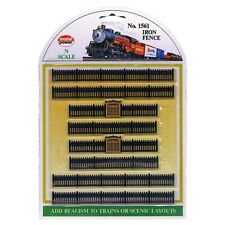Model Power 1561 N Scale Black Iron Fence Sections (8) Gold Gates, 2 Lengths