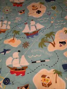 SEA PIRATES SHIPS ISLANDS SEA LIFE Kids TWIN Ship Fun Reversible Quilt