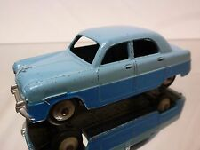 DINKY TOYS 162 FORD ZEPHYR - BLUE 1:43 - GOOD CONDITION