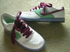 NIKE Women's DUNK LOW Skate/Training Shoes Sz 9.5