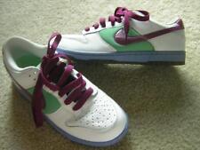 NIKE Women's DUNK LOW Skate/Training Shoes Sz 9.5