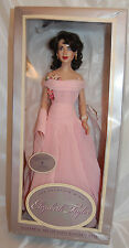 Franklin Mint Elizabeth Taylor Vinyl Portrait Doll Dressed In Giant Ensemble