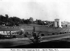 Photo. ca 1948. White Rock, BC Canada. Peace Arch Border Crossing