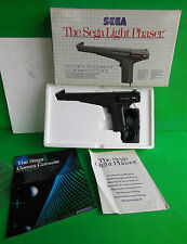 Sega Master System THE  LIGHT PHASER Pistola con box