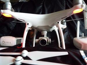 DJI PHANTOM 4  DRONE 4K CAMERA MINT CONDITION