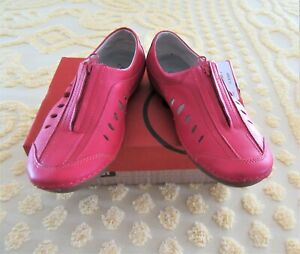 PROPET W07101 SWIFT WOMEN'S SHOES - SIZE 7 - RED - NEW WITH BOX